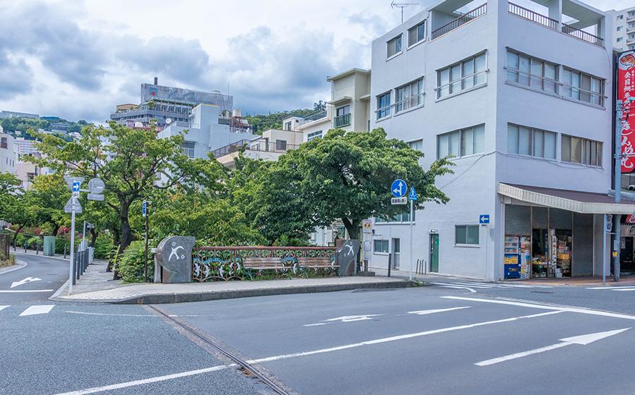 糸川橋にあるバス停「銀座」