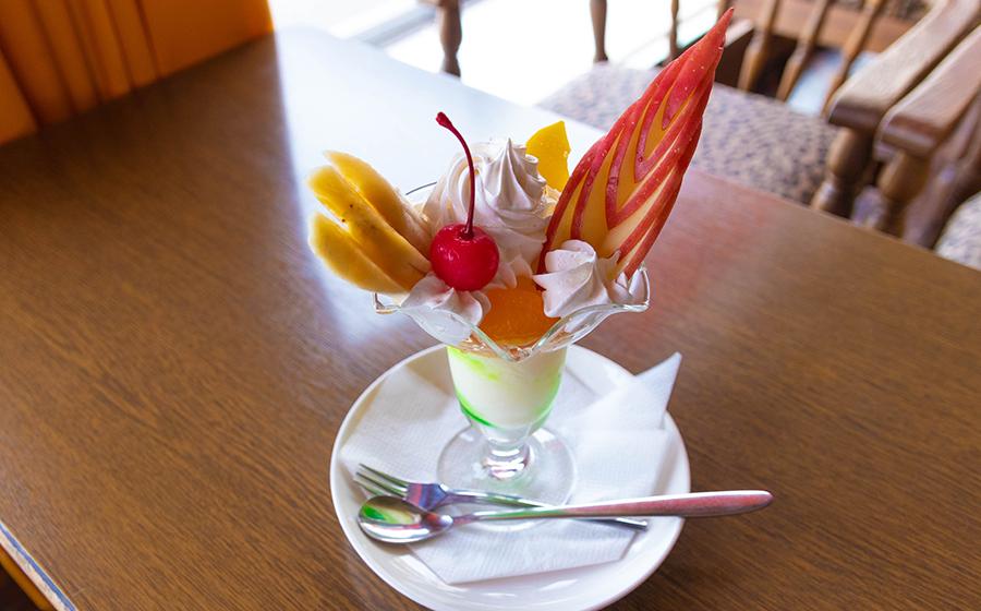 フルーツパフェ sunbird