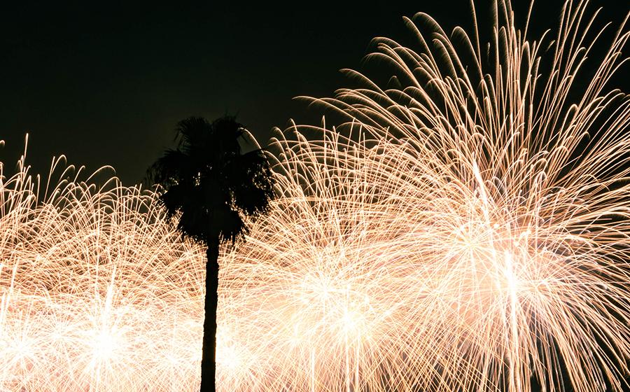 熱海海上花火大会の様子